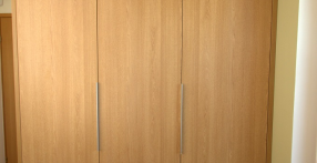 Moderne garderoobikapp