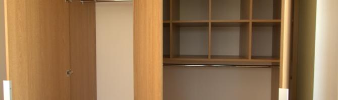 Moderne garderoobikapp (sisu)