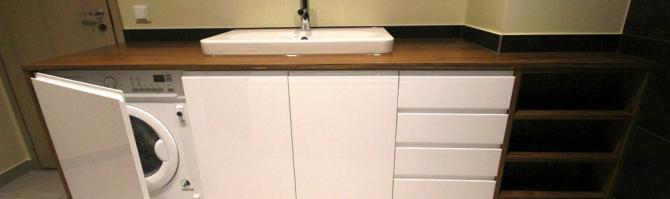 Soliidne vannitoakapp
